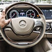 Jak odświeżyć wnętrze naszego samochodu?